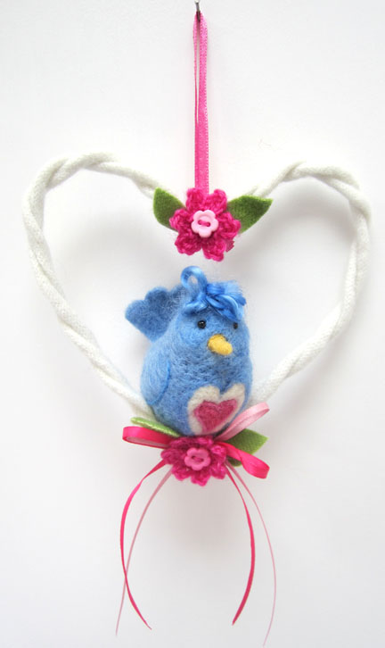needlefelt Love Bird in a lambswool heart
