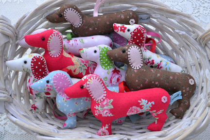 basket of lavender dachshunds