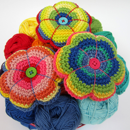 flower pincushions crochet in Planet Penny Cotton Club yarn