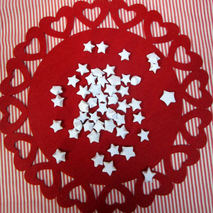 origami stars Christmas Countdown day 3