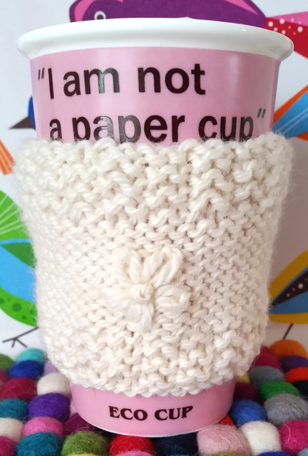 Cut Out + Keep Cup Cosy - review