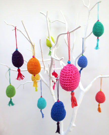 crochet eggs on tree